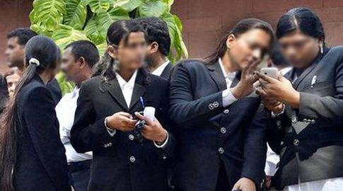 court_uniform_mobilephones