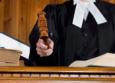 judges hikes salaries pension