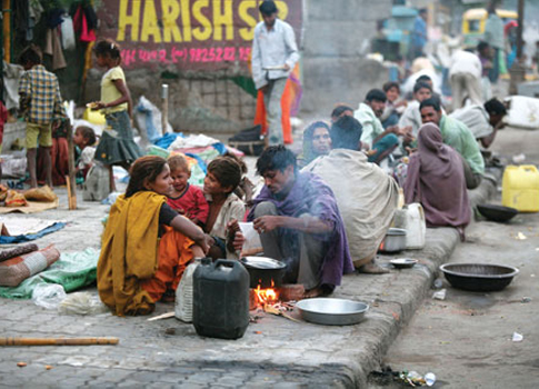 essay on extent of poverty in india Here is your brief essay on rural poverty in india two concepts are used to measure the extent of rural poverty – absolute poverty and relative poverty.